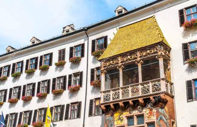 茵斯布魯克的重要地標-黃金屋頂